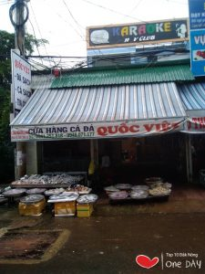 Quốc Việt chuyên bán các loại hải sản tươi roi rói